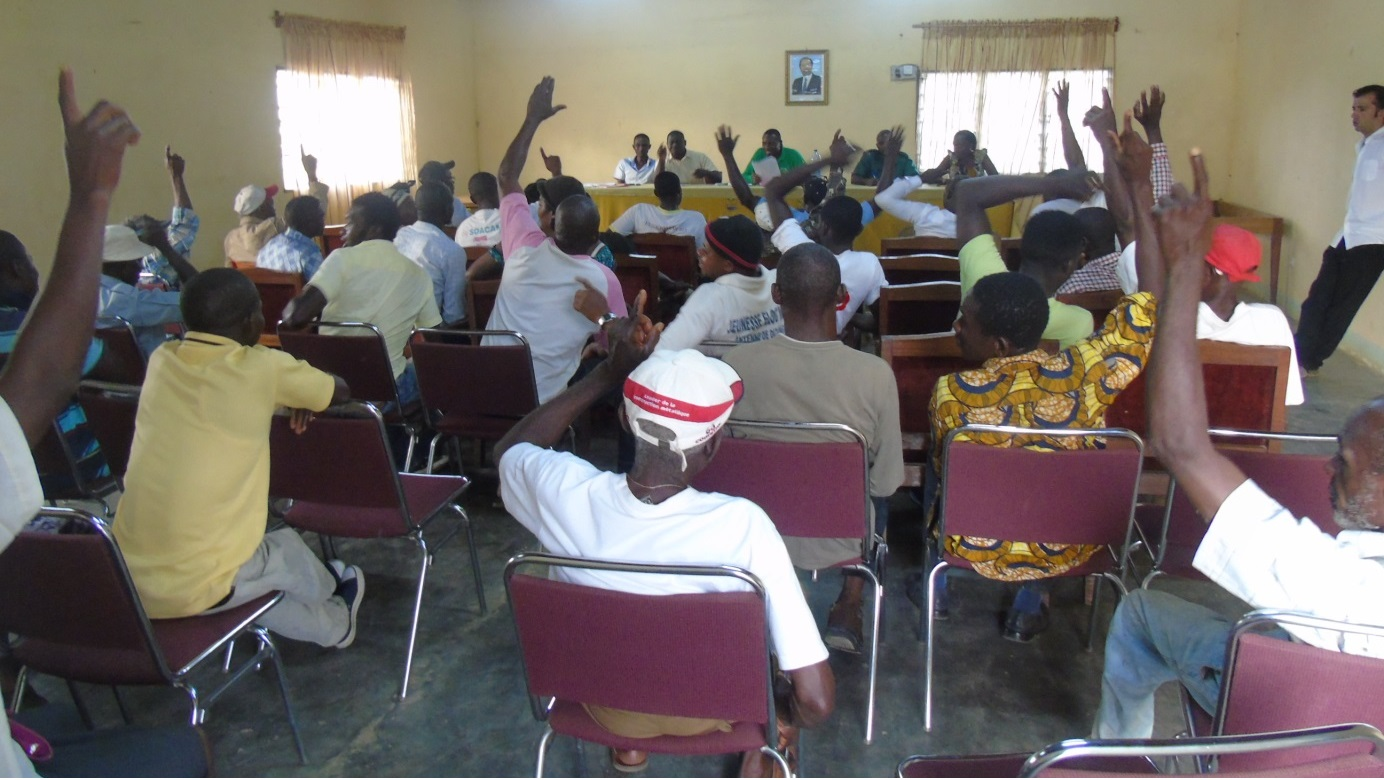 for-blog-cameroon-21017-validation-of-the-code-of-fishing-credit-zsl