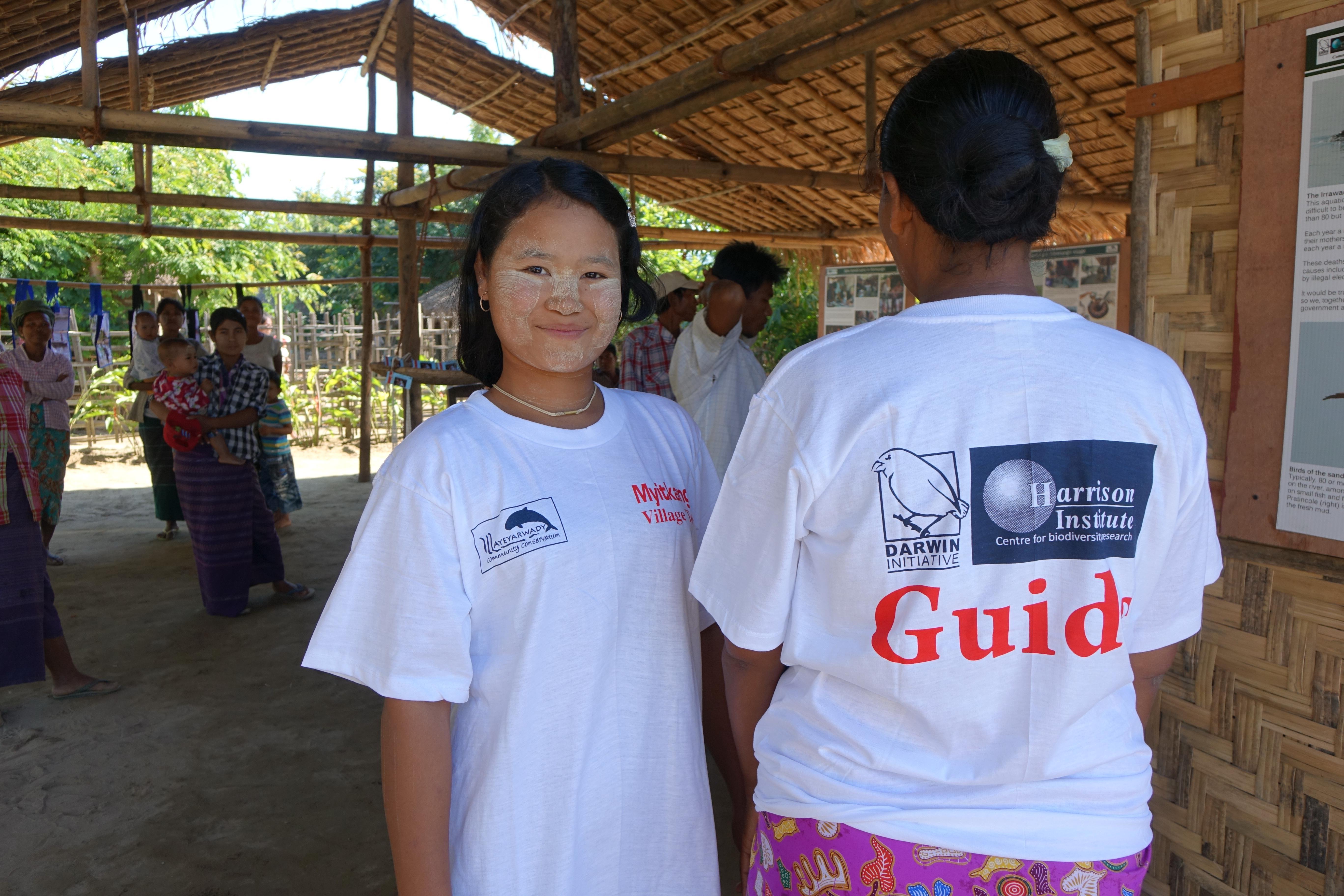 Myanmar 21012 18 Myitkangyi tour guides, Credit Paul Bates